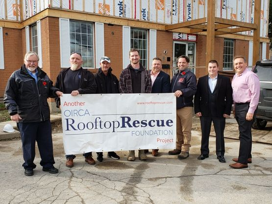 Rooftop rescue team